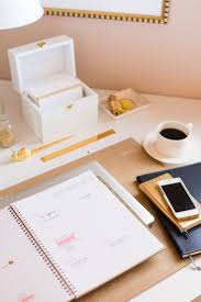 i like the planner on the desk can take to work and bring home chic office ideas 1000