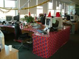 christmas cubicles decor decor work work christmas christmas holiday cubicle decorating at work christmas decorations at work holiday door decor best office christmas decorations