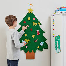 Decorate Your Own <b>Felt Christmas Tree</b> Kit | Hobbycraft