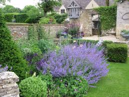 live in in oxfordshire housekeeping cleaning jobs gumtree live in housekeeper cook required for private residence cotswolds