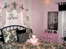 lovely paris themed bedroom with black metal bed and floral bedding before the white and pink bedroomamazing black white themed bedroom