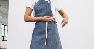 The Best <b>Aprons</b> for <b>Cooking</b>, According to Chefs Like Samin Nosrat ...