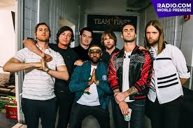 WORLD PREMIERE: Maroon 5 Toasts to the