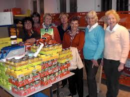 Das Tafelteam Lissy Weller, Marianne Reinhardt und Marga Wiesner ... - tafelspenden