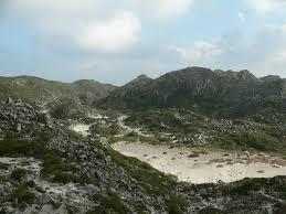 「天上山噴火口跡」の画像検索結果