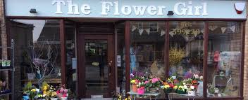 The <b>Flower Girl</b> Florist Luton Order Online or 01582 599120