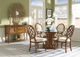 Fancy Dining Room Furniture Wood Traditional Style Dining Set With Round Glass Dining Table