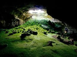 Bildergebnis für unterirdische höhle