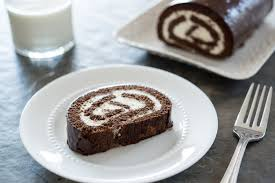 chocolate swiss roll cake the pioneer w chocolate swiss roll cake