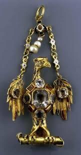File:Spain <b>Eagle pendant</b>.jpg - Wikimedia Commons
