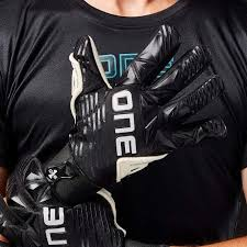 Goalkeeper <b>Gloves</b> | Goalie <b>Gloves</b> | The One <b>Glove</b>
