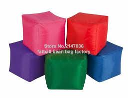 Зеленый квадратный множество цветов <b>куб</b> для сидения ...