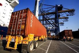 Resultado de imagen para fotos del ministerio de comercio y exportaciones