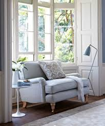 perfect bay window furniture on the bluebell love seat fits snug into this bay window space bay window furniture