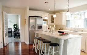 paint white kitchen cabinets