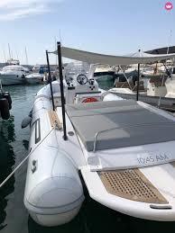Charter <b>Pirelli Pzero</b> 880 in Ibiza - Click&Boat