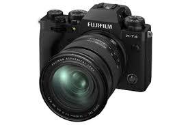 Беззеркальный <b>фотоаппарат FUJIFILM X-T4 Kit</b> 16-80mm, черный