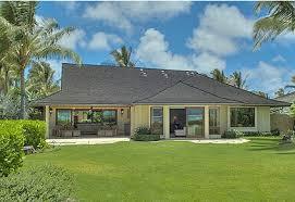 Romney Critical of President    s Pricey Hawaiian Holiday Vacation    Romney Critical of President    s Pricey Hawaiian Holiday Vacation Plans