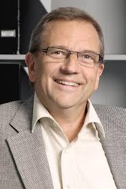 <b>Gerhard Schmidt Gerhard Schmidt</b> Ausbildungsbeginn zum Zahntechniker 01.08. <b>...</b> - Gerhard-Schmidt
