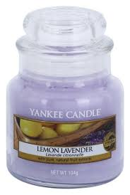 <b>Ароматическая свеча</b> Lemon Lavender Yankee Candle купить ...