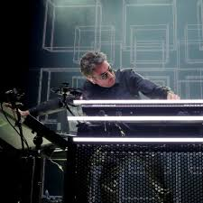 <b>Jean</b>-<b>Michel Jarre</b> - Home | Facebook