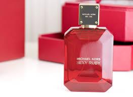 <b>Michael Kors Sexy Ruby</b> Review - Escentual's Beauty Buzz