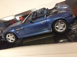 118 bmw m roadster 1996 burago gold collection diecast 4 bburago 118 1996 bmw z3