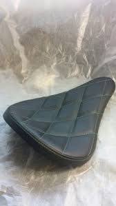 Quilted bobber seat | my accessories | Bobber seat, Bobber <b>bikes</b> ...