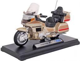 Купить <b>Welly Модель мотоцикла 1:18</b> Honda Gold Wing gold в ...