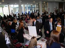offering jobs offering hope the job fair jewish action since 2007 the has held eleven job fairs throughout the new york new jersey area linking unemployed individuals potential employers
