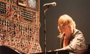 The 14 <b>synthesizers</b> that shaped modern music - The Vinyl Factory