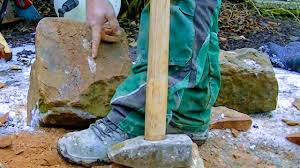 PREPARING NATURAL <b>STONE</b> FOR <b>WALL</b> BUILD | SHAPING ...