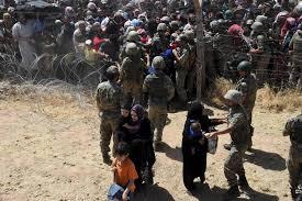 Image result for تصویر مردم سوریه رو در هنگام فرار از جنگ
