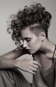 curly hairstyles for short hair
