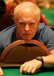 Dan Harrington, uno dei più noti fra i giocatori professionisti americani, ha spesso riferito che il peggior peccato di chiunque voglia applicarsi ... - dan-harrington-cash