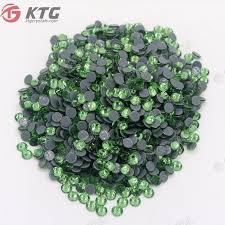 China <b>Peridot</b> 4mm Hotfix Stones Flatbacks Rhinestone Crystals ...
