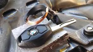 BMW Diamond Key Fob Really Have Rechargeable <b>Battery</b> ...