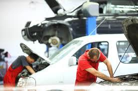 <b>Car Repairs</b>: Independent <b>Mechanics</b> vs. the Dealership - NerdWallet