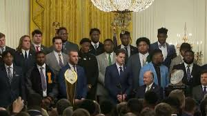 Video of LSU players <b>dancing</b> to 'Get The Gat' at White House goes ...