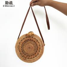 <b>Round Straw Handbags</b> 2018   SCALE