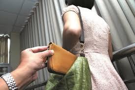 Kết quả hình ảnh cho người Việt ăn trộm