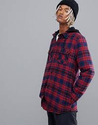 <b>Volcom</b> | Ознакомьтесь с ассортиментом футболок, джинсов и ...