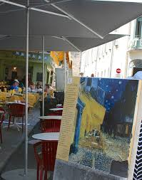 cafe terrace at night essay  cafe terrace at night essay