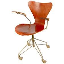 rare arne jacobsen series 7 office chair model 3217 with armrests arne jacobsen office chair