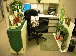 image of christmas cubicle decoration in office attractive manly office decor 4 office cubicle