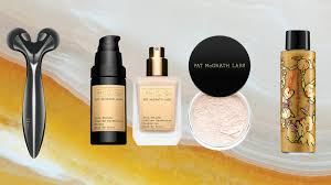 <b>Best</b> Beauty Gifts for Makeup <b>Lovers</b> in <b>2019</b> — Holiday Beauty Gift ...
