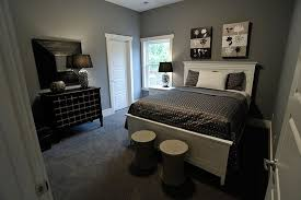 wall decor for grey walls