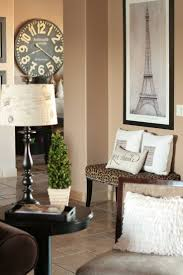 design ideas betty marketing paris themed living: in love with the paris touch here especially the clock and the eiffel tower poster paris theme living