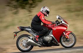 2010 Honda <b>VFR1200F</b> Review- Honda <b>VFR1200F</b> Road Test ...