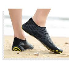 2019 <b>Outdoor</b> fashion <b>wading</b> shoes beach shoes a <b>pair</b> of ...